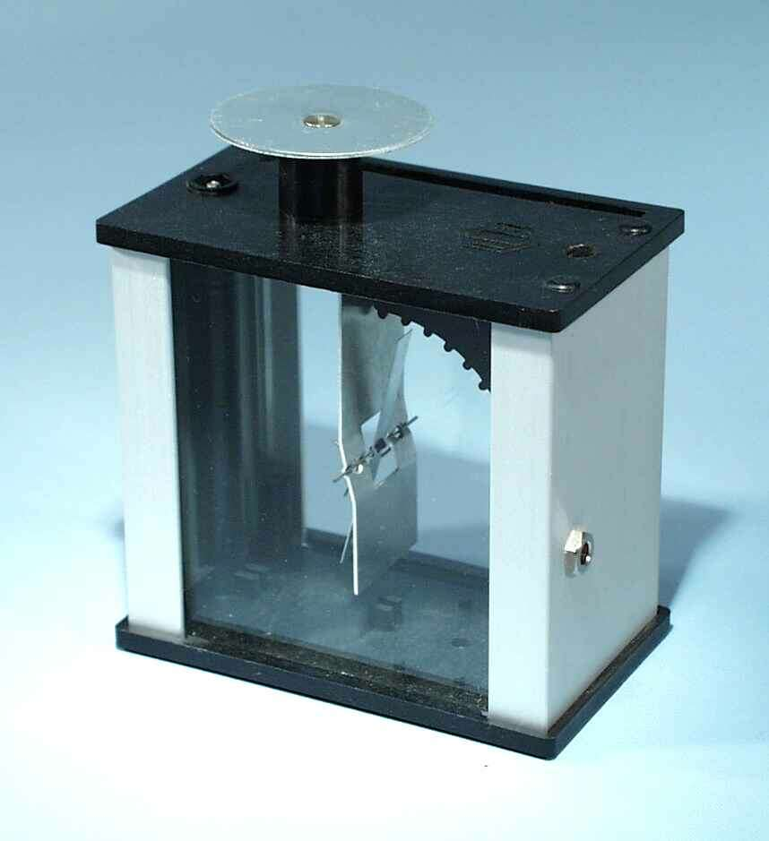 Electroscope, 'Metal Vane' type